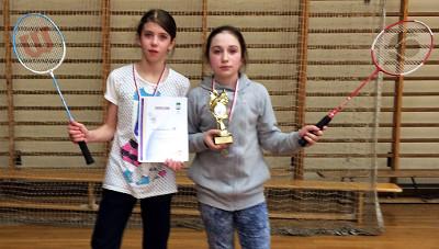 Finalistki zawodów badmintona