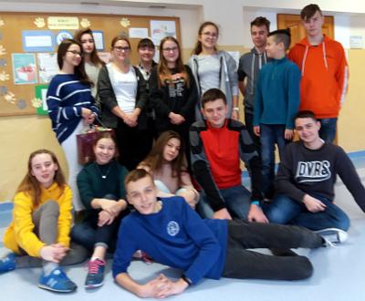 Członkowie Szkolnego Wolontariatu